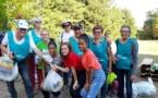 Journée nettoyage de la ville a l'initiative d'AXA Atout Coeur à Nancy